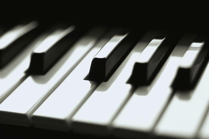 Dark Dreamy Piano Music